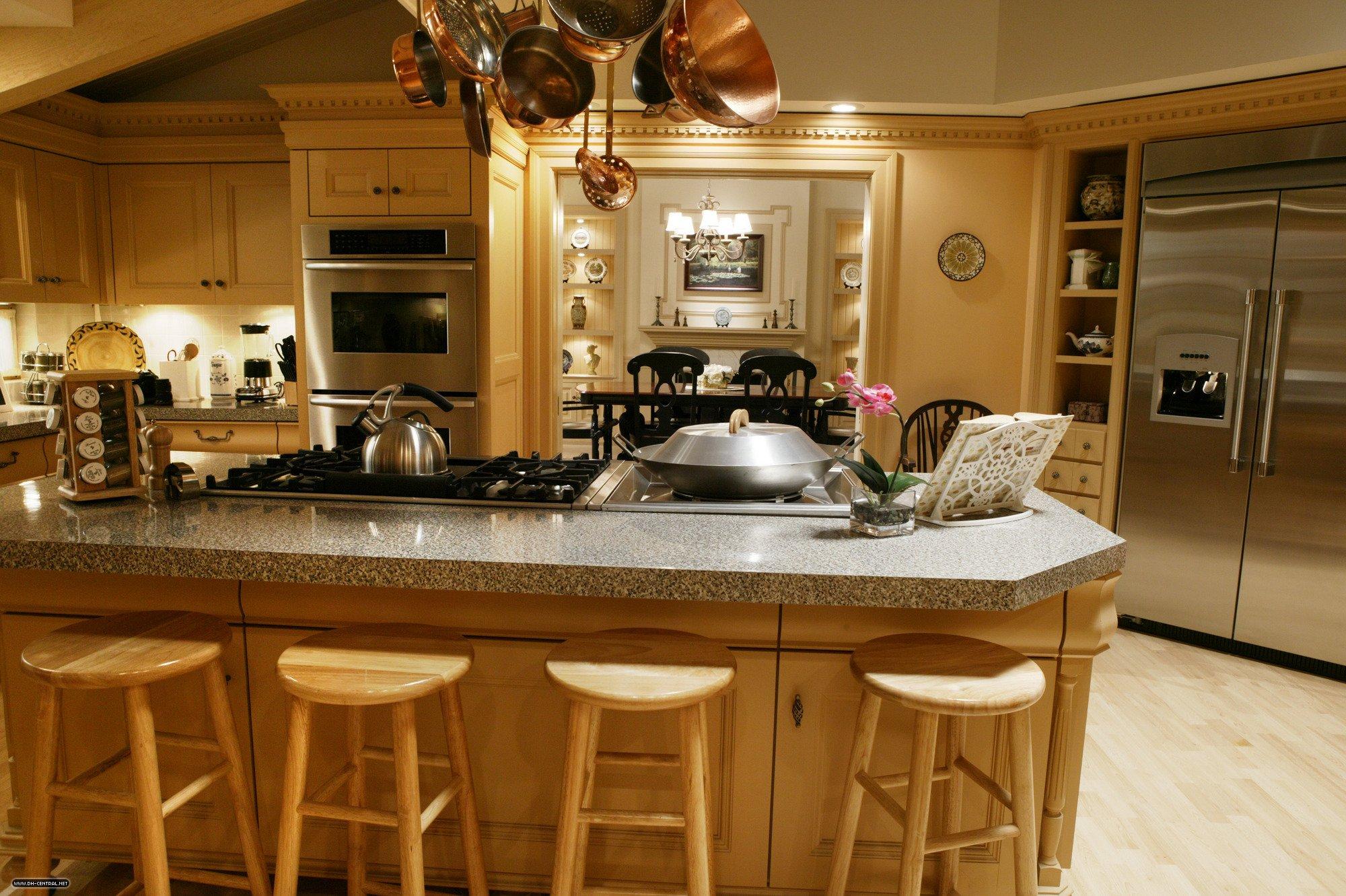 Family Van de Kamp\'s Residence on Desperate Housewives